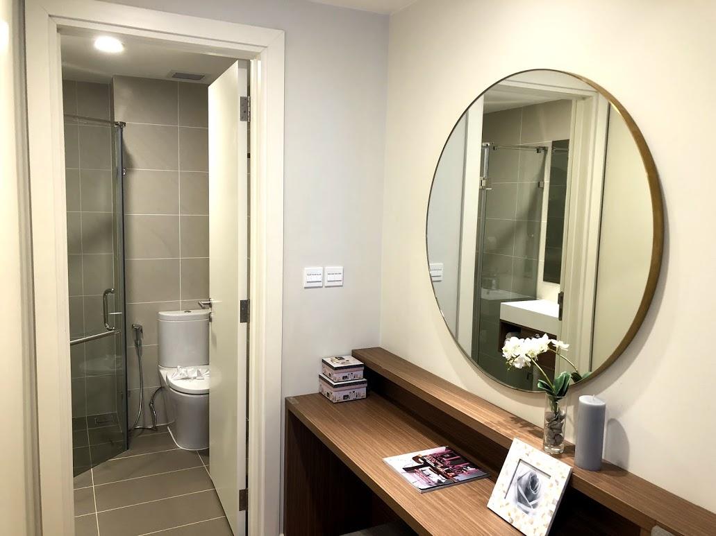 nhà mẫu chung cư Kosmo căn 3 ngủ phòng vệ sinh