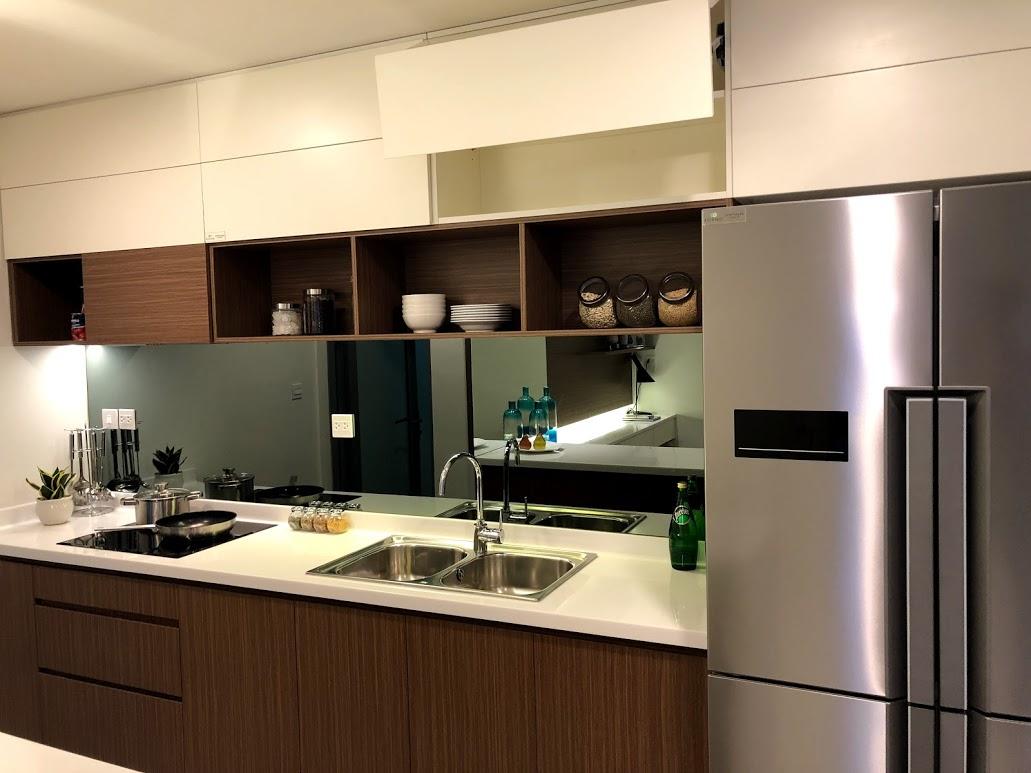 nhà mẫu chung cư Kosmo 2 ngủ phòng bếp